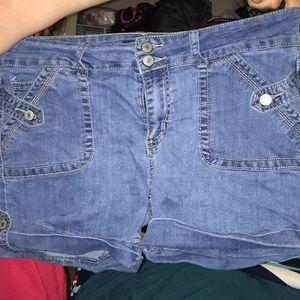 Size 16 shorts